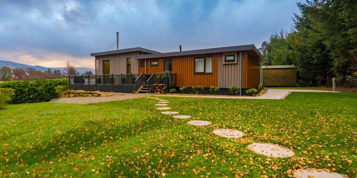 New Contemporary Tay Lodges